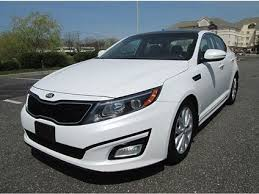 White Kia Optima